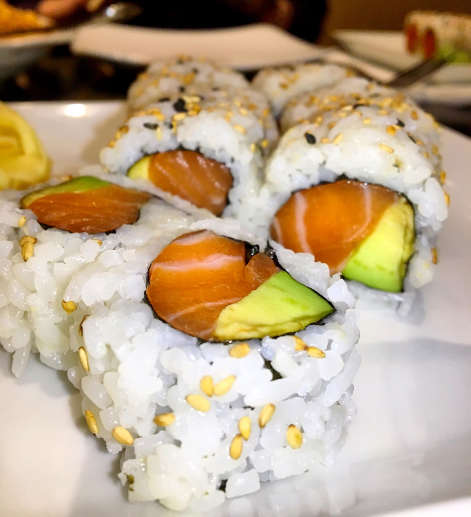 Avocado Salmon Roll